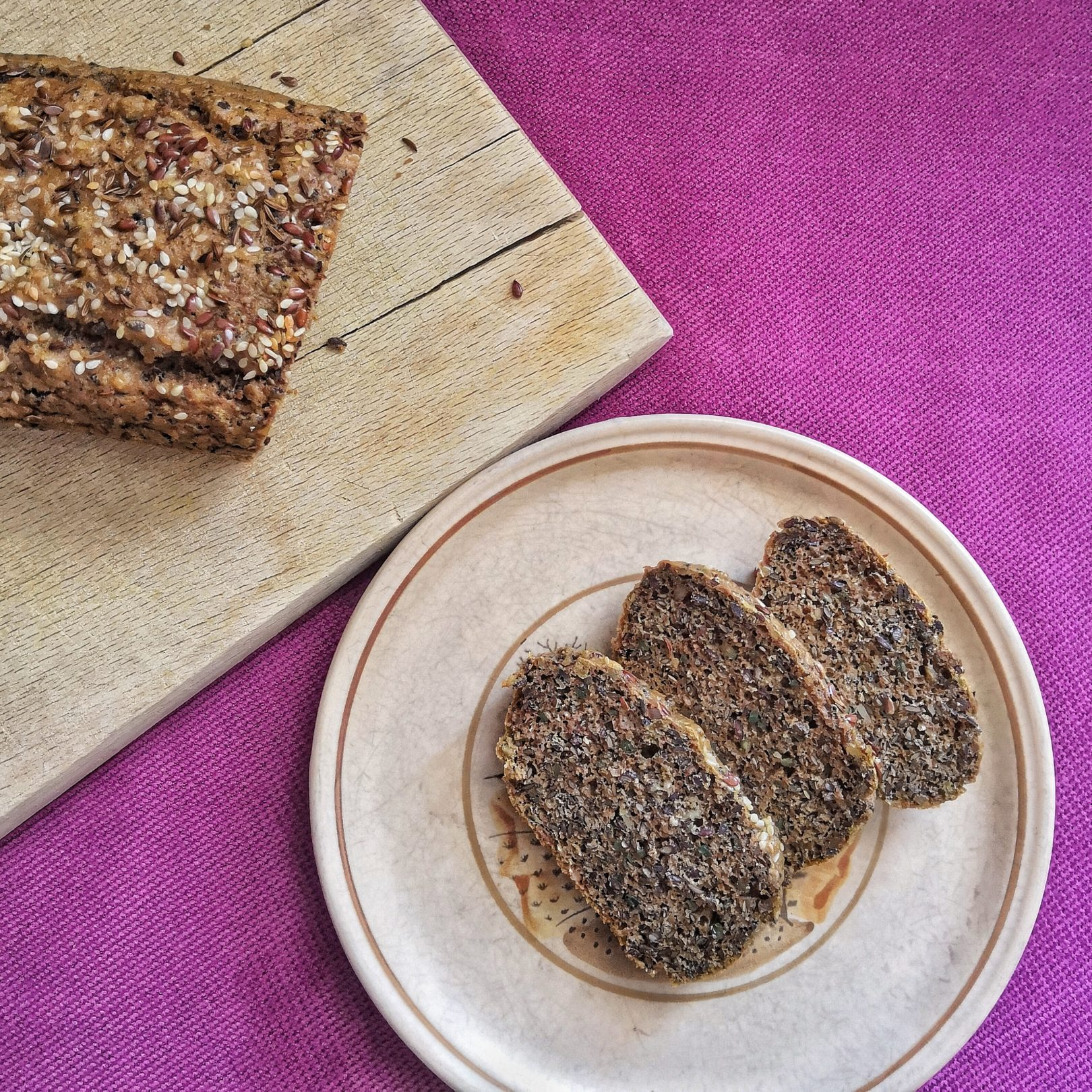 Low-Carb Seed Bread