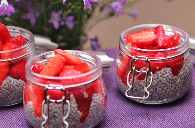 Low-Carb Nut and Berry Chia Pudding