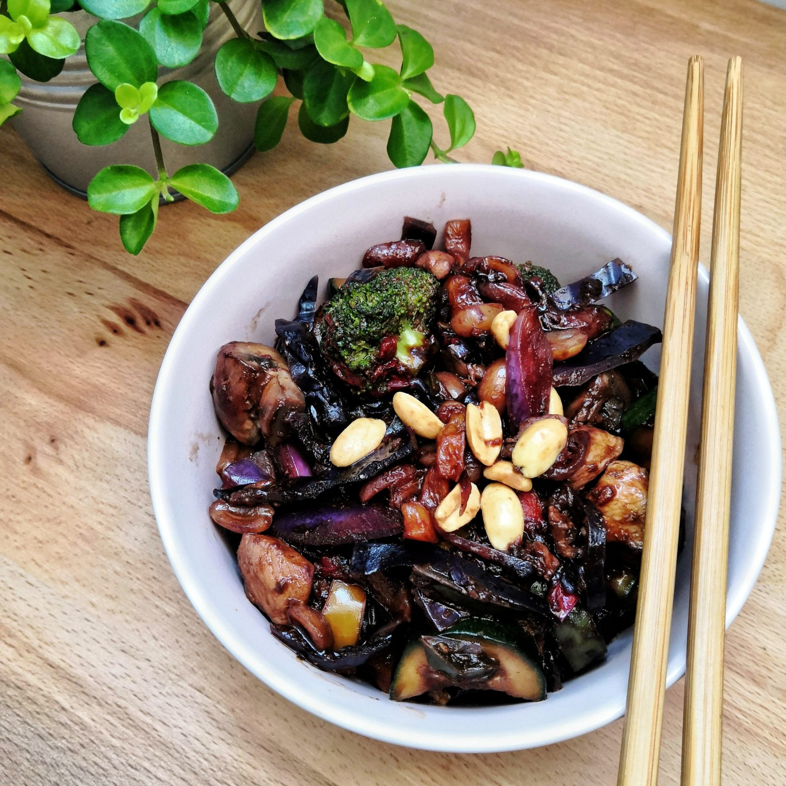 Chicken with Low-Carb Vegetables Stir-Fry