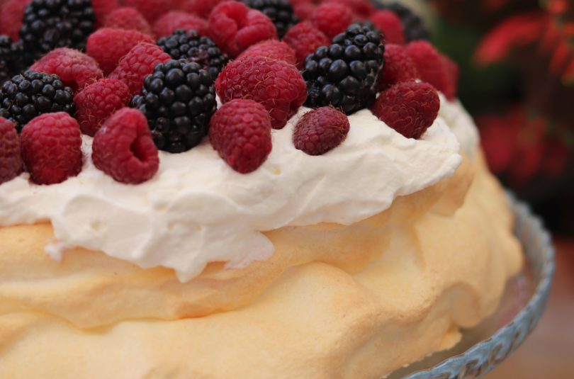 Sugar-Free Keto Pavlova with Berries