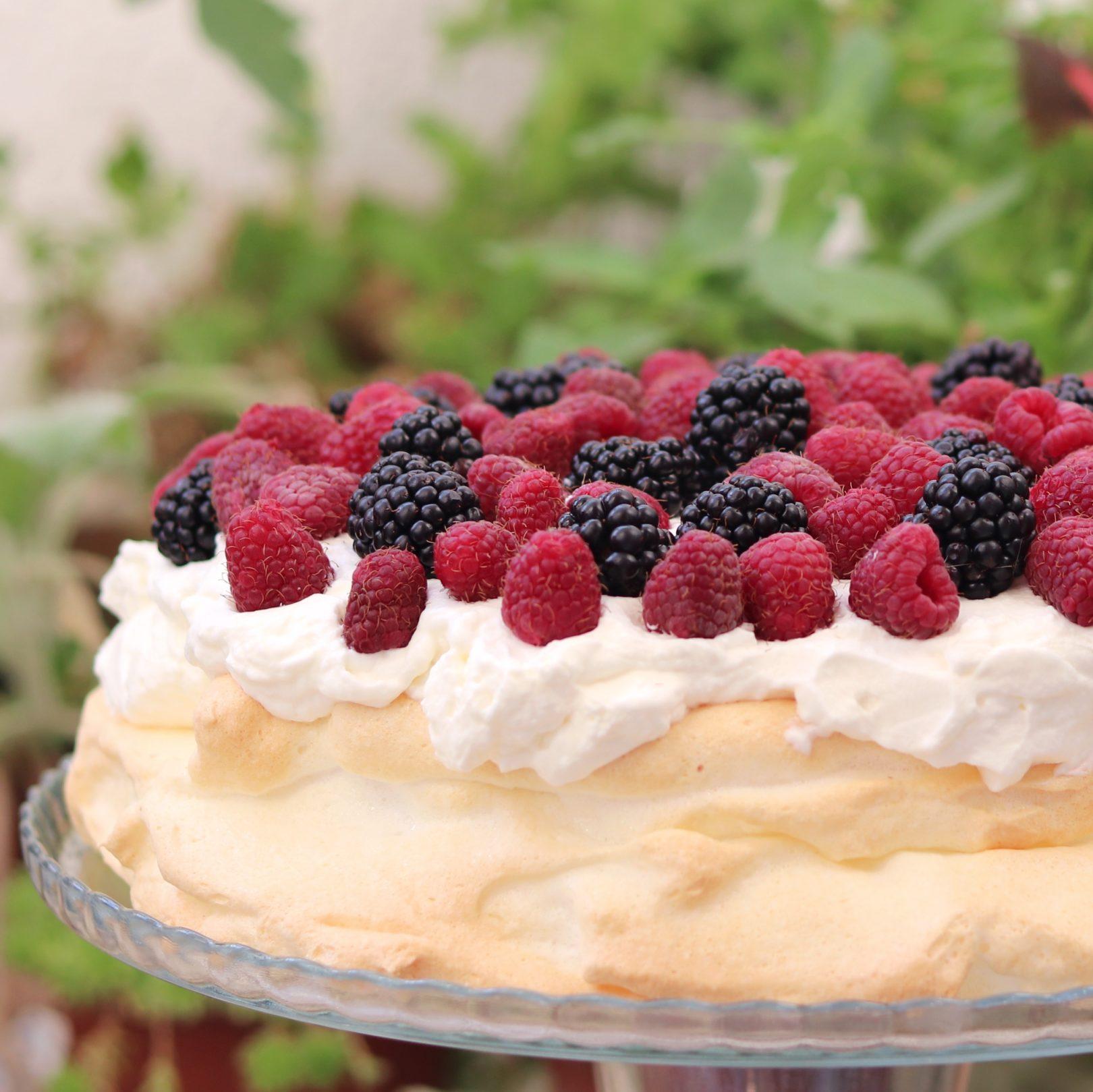 Keto Pavlova with Berries